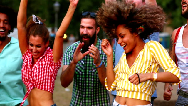 friends dancing at a concert. - estatico video stock e b–roll