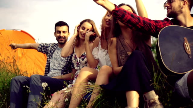 friends enjoying by the lake - cinque persone video stock e b–roll