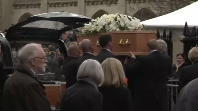 stockvideo's en b-roll-footage met friends family and colleagues of stephen hawking gather to pay their respects at his private funeral in cambridge where the british science great... - clean