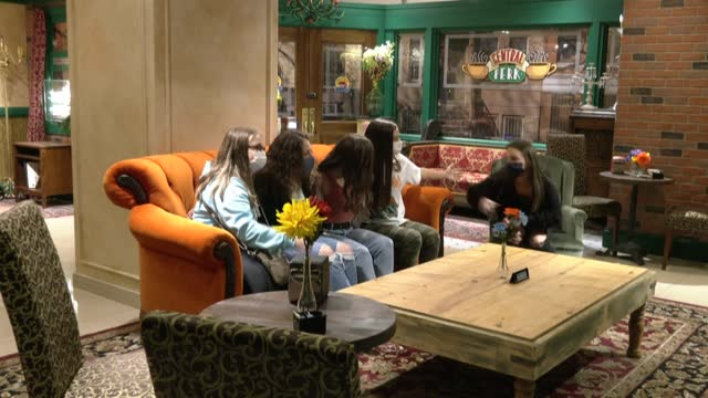 friends' fans attend the 'friends experience' pop-up in chicago ahead of the much-anticipated friends: the reunion - friendship stock videos & royalty-free footage