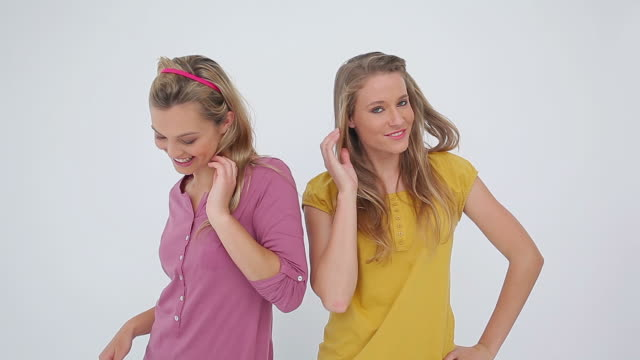 vídeos y material grabado en eventos de stock de friends having fun by posing in front of the camera - cinta de cabeza