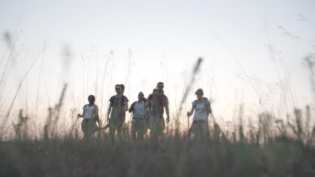4K: Friends Hiking Together.