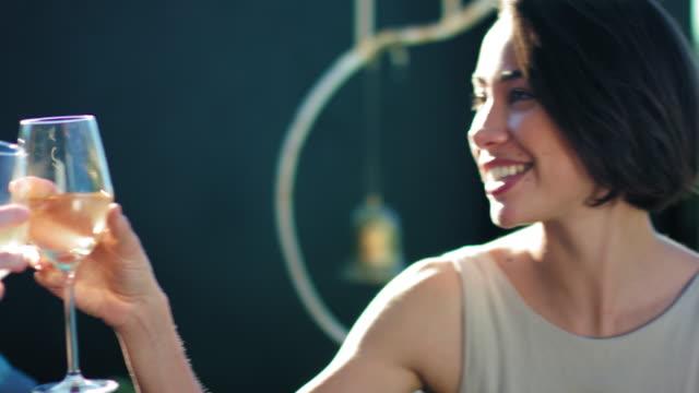 vídeos de stock e filmes b-roll de friends toasting - três pessoas