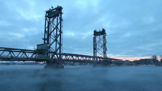 frigid arctic sea smoke on the piscataqua river in portsmouth - kittery stock videos & royalty-free footage
