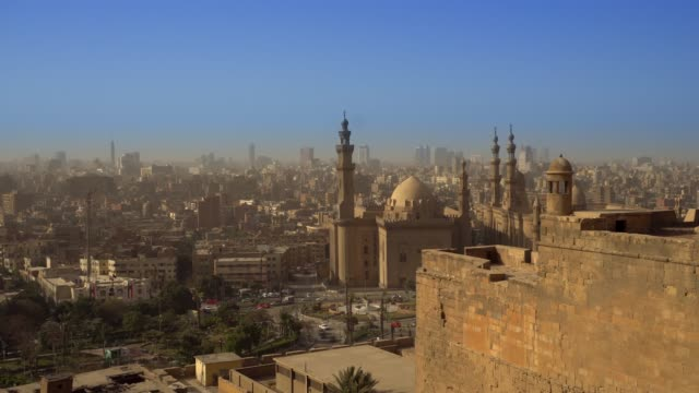from above view of the mosques of sultan hassan and al-rifai. - minaret stock videos & royalty-free footage