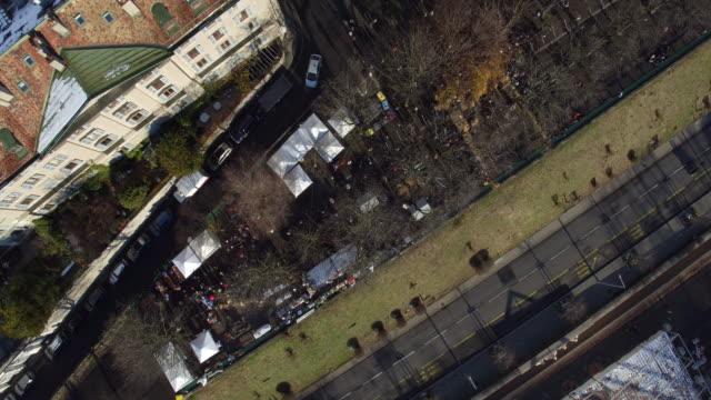 stockvideo's en b-roll-footage met van luchtfoto van genève oude stad en kerk - french overseas territory
