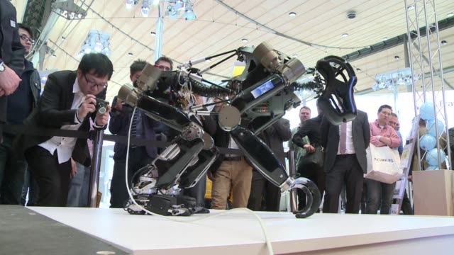 from droids that move like monkeys to machines that can help with complex surgical operations robots are taking centre stage at the CeBIT trade fair...