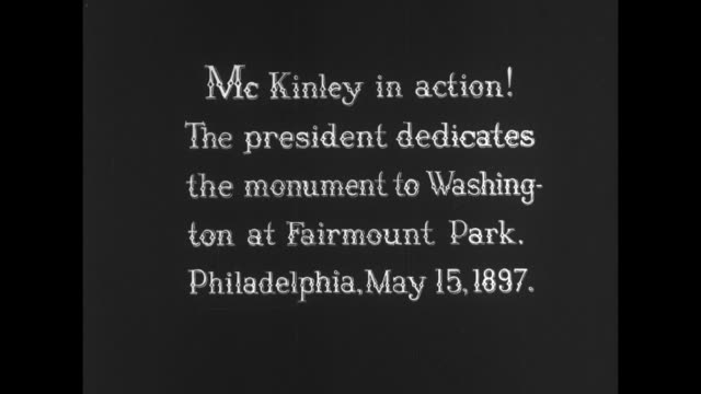 """[from paramount screen souvenirs, 1932] [vo humorous narration throughout] title card: """"mckinley in action! the president dedicates the monument to... - usas president bildbanksvideor och videomaterial från bakom kulisserna"""