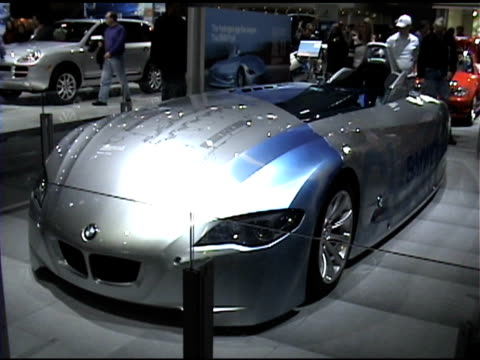 Motor Show 2005 Videos and B-Roll Footage | Getty Images