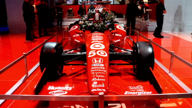 ws front threequarter right side view of honda race car / cu milk bottle surrounded by victory wreath zows front end / cu info sign / xcu info sign /... - honda stock videos & royalty-free footage