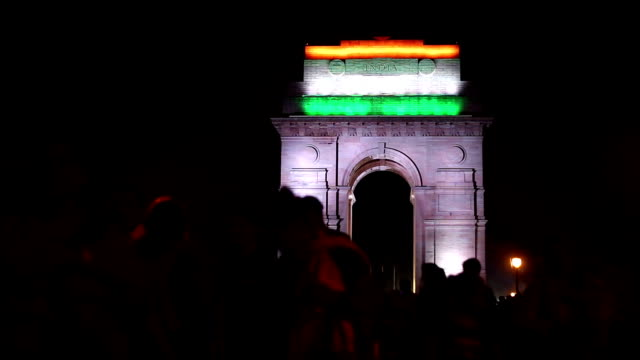 front view of india gate delhi at night, time lapse - delhi stock videos & royalty-free footage