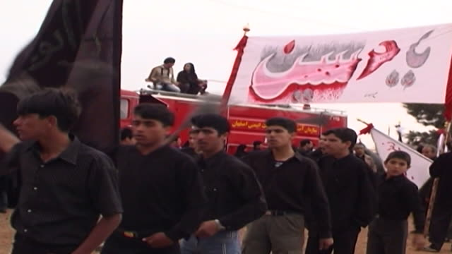 mcu front view of men performing azadari rituals during ashura ashura the tenth day of the islamic month of muharram commemorates the death of... - ashura muharram stock videos & royalty-free footage
