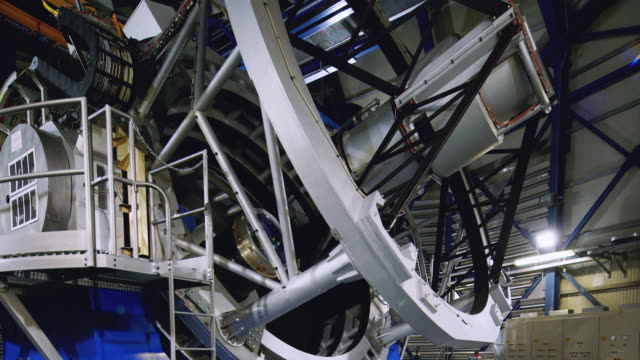 ws, td front view of one of the vlt telescopes at paranal observatory / chile - four objects stock videos & royalty-free footage
