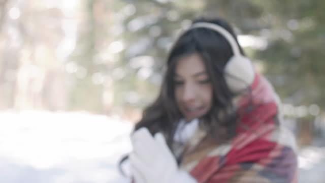 vídeos de stock, filmes e b-roll de frozen woman with blanket/ debica/ poland - protetor de ouvido