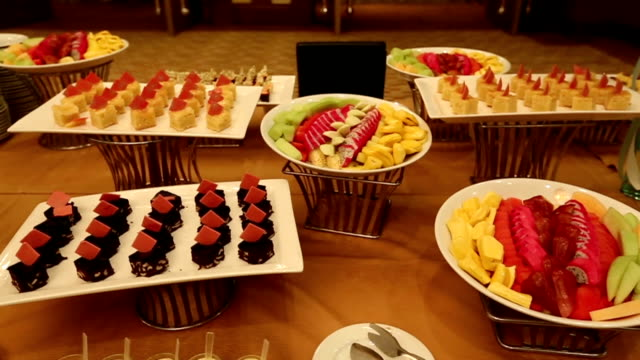 fruit and dessert decorate for wedding party, dolly shot - interconnect plug stock videos & royalty-free footage