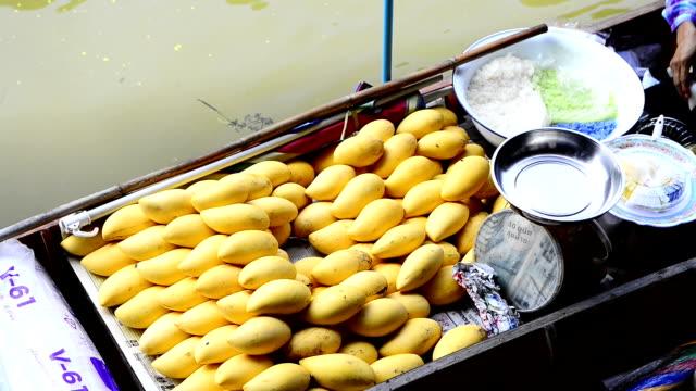 fruit at floating market - floating market stock videos & royalty-free footage