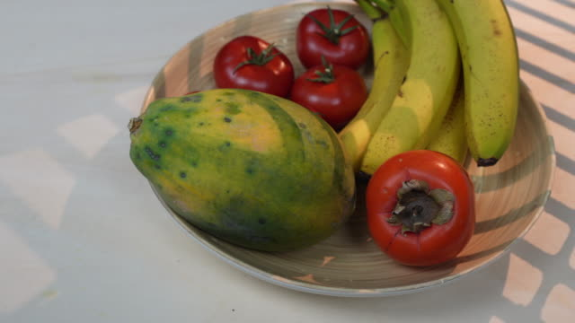 fruit bowl - fruit bowl stock videos & royalty-free footage