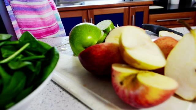 fruit juicer - juice extractor stock videos & royalty-free footage