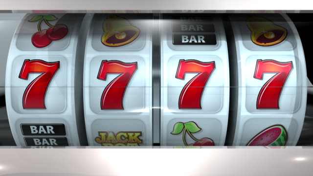 fruit machine: 4 rollen – sevens - zahl 7 stock-videos und b-roll-filmmaterial