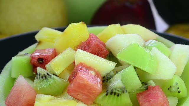 fruit salad - fruit salad stock videos & royalty-free footage