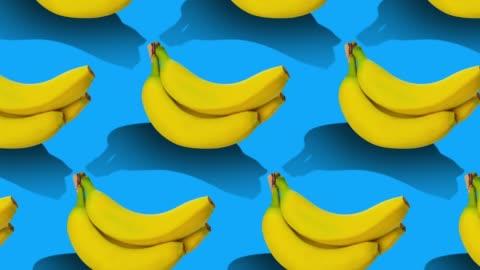 vídeos y material grabado en eventos de stock de patrón de frutas sobre fondo de color. - plano descripción física