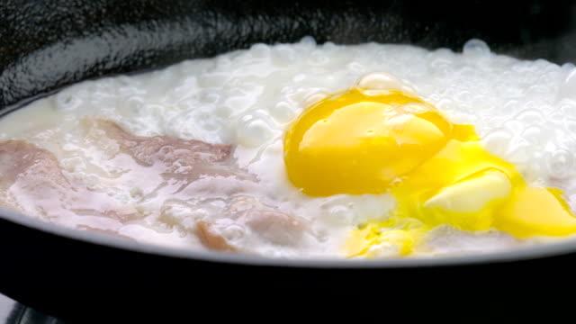 frying eggs - pan greek god stock videos & royalty-free footage