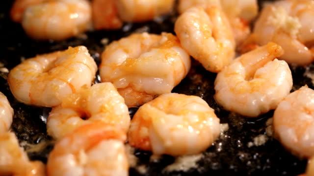 Frying shrimps