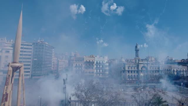 vídeos y material grabado en eventos de stock de fuegos artificiales en valencia - fallo