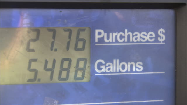 cu, fuel pump with gas price total rising, new york city, new york, usa - price tag stock videos & royalty-free footage