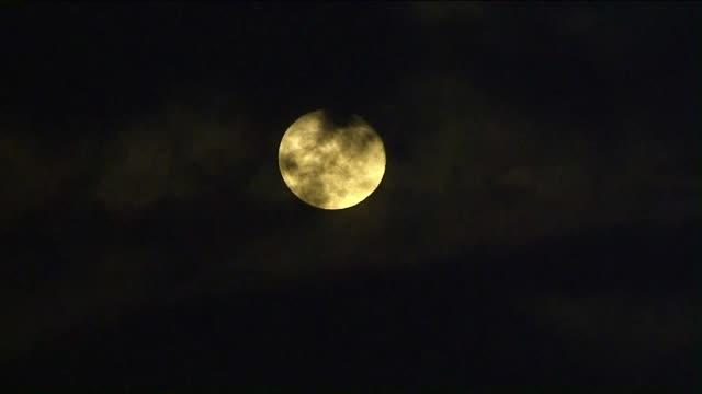 vídeos y material grabado en eventos de stock de full moon. - astrología