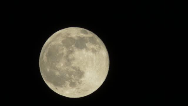 Resultado de imagen para moon
