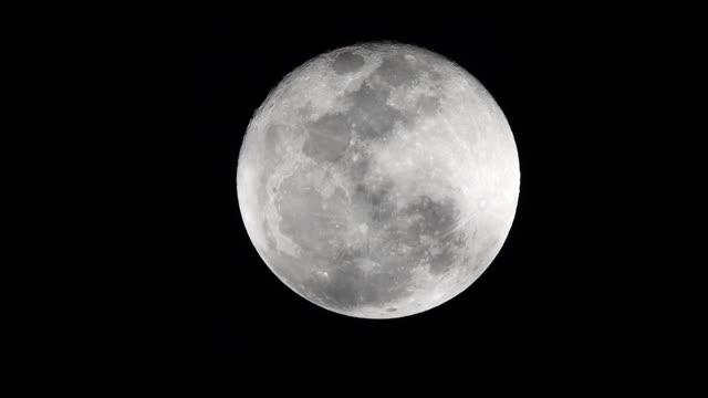 vídeos y material grabado en eventos de stock de luna llena - espacio y astronomía