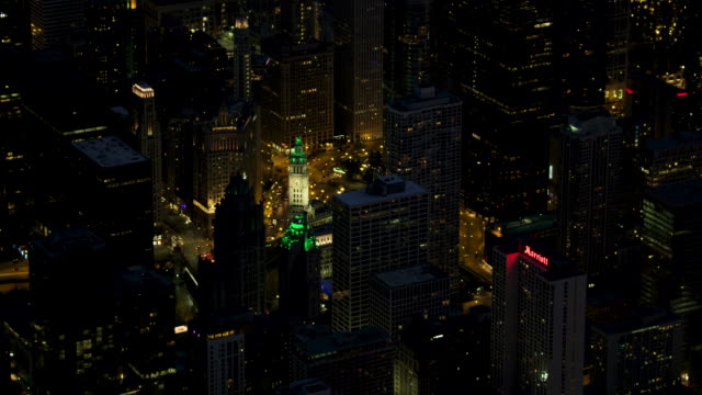 full shot of downtown chicago at night - dusable bridge stock videos & royalty-free footage