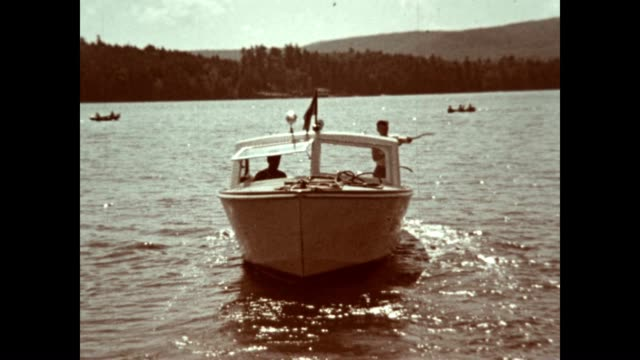 vidéos et rushes de fun on lake schroon in the adirondacks in the 1940's - nostalgie
