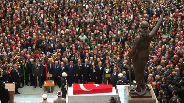 funeral ceremony of turkish prosecutor mehmet selim kiraz, who was shot and critically wounded in an eight-hour hostage situation at an istanbul... - social justice concept bildbanksvideor och videomaterial från bakom kulisserna