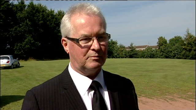 funeral of dday scottish piper bill millin england devon exeter john millin interview sot - アロマンシェス点の映像素材/bロール