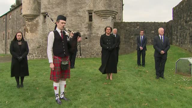 funeral of prince philip, duke of edinburgh: minute's silence: arlene foster; northern ireland: county fermanagh: enniskillen castle: ext arlene... - politics stock-videos und b-roll-filmmaterial