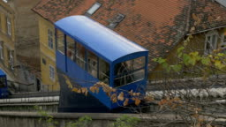 Funicular cabins passing by each other