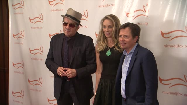 funny thing happened on the way to cure parkinsons at the waldorf - astoria hotel on november 10, 2012 in new york, new york - elvis costello stock-videos und b-roll-filmmaterial