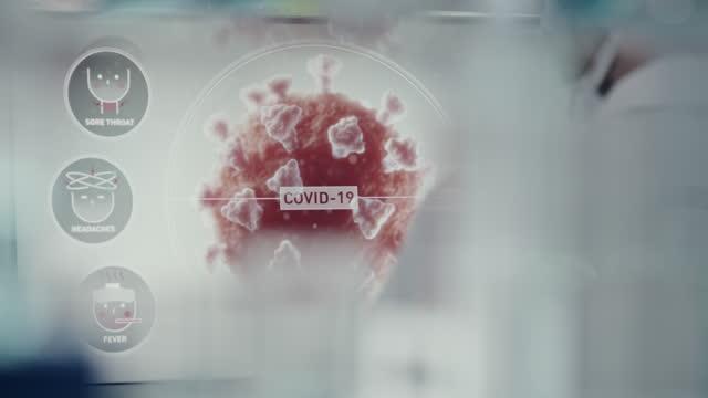 vídeos de stock, filmes e b-roll de computadores de laboratório futuristas - teste de coronavírus. feche nas telas. vie traseira do cientista - homem e máquina