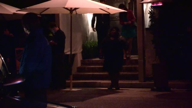gabourey sidibe departs 2014 caa pre oscar party in bel air celebrity sightings in los angeles on february 28 2014 in los angeles california - oscarsfesten bildbanksvideor och videomaterial från bakom kulisserna