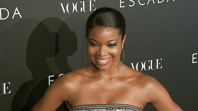 gabrielle union at the the grand opening of the beverly hills flagship boutique celebrated by escada, hilary swank and vogue at escada in beverly... - escada stock-videos und b-roll-filmmaterial