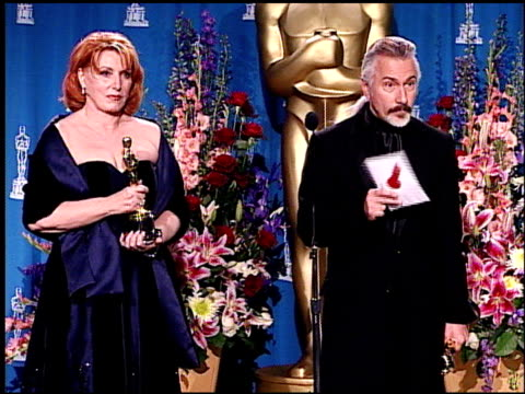 Gail Ryan at the Academy Awards 2001 Pressroom 1 of 3 at Los Angeles