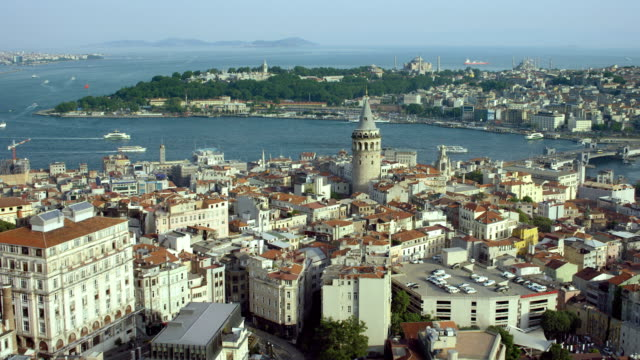 vidéos et rushes de galata tower and galata bridge in istanbul - istanbul