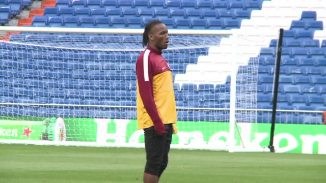 Galatasaray midfielder Wesley Sneijder says the Turkish side with Didier Drogba on board is confident of producing a good performance against Real...