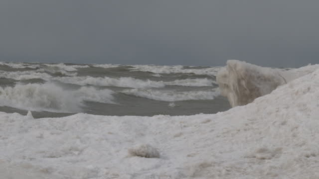 gale force winds over lake ontario - scott mcpartland stock videos & royalty-free footage