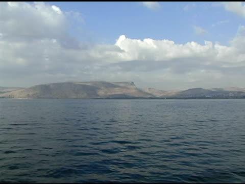 ガラリヤ湖畔のフィッシングボート - 聖地パレスチナ点の映像素材/bロール