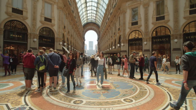 galleria vittorio emanuele ii gallery indoors filmed with steadicam dolly shot - dolly shot video stock e b–roll