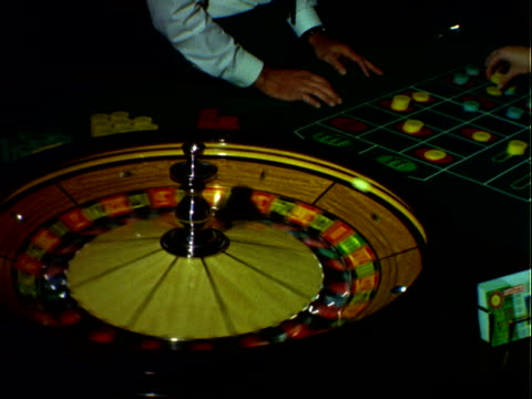 gambling at the sahara hotel casino - casino stock-videos und b-roll-filmmaterial