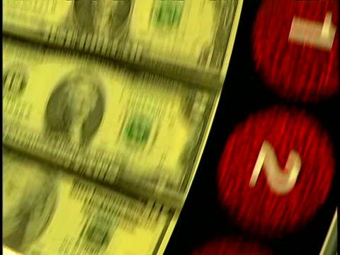 vídeos y material grabado en eventos de stock de gambling - billete de cinco dólares estadounidense